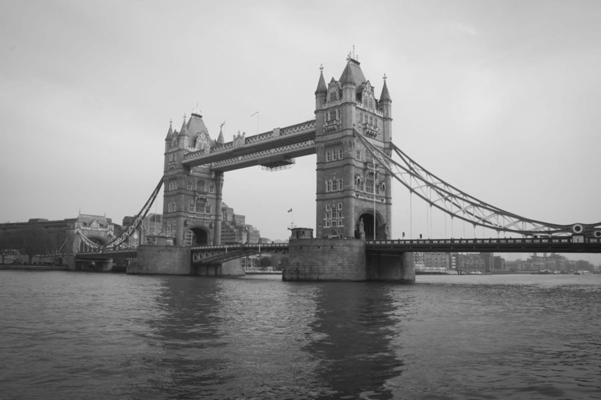 London Bridge architectural landmark in grayscale Additional Thumbnail