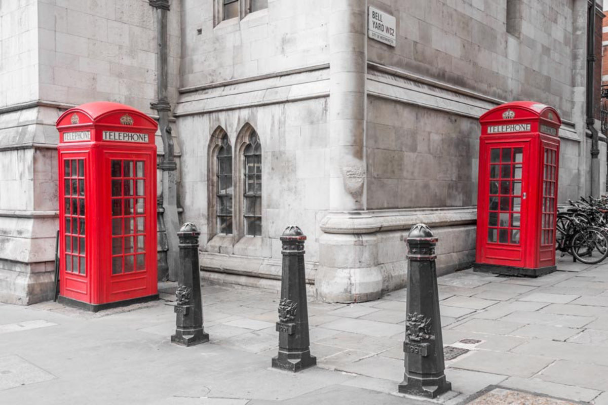 London Red Phone Booths Mural Wallpaper Additional Thumbnail