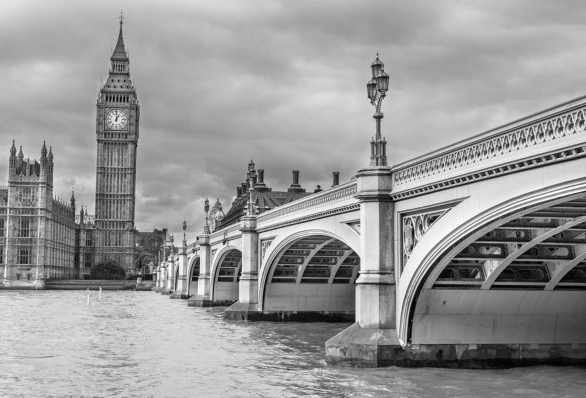View of Westminster Bridge and Big Ben Wallpaper Mural Additional Thumbnail