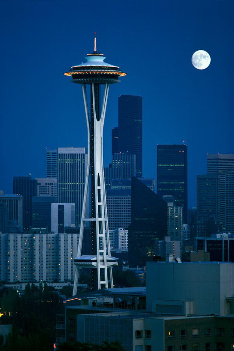Space Needle in Seattle, Washington at night Sample