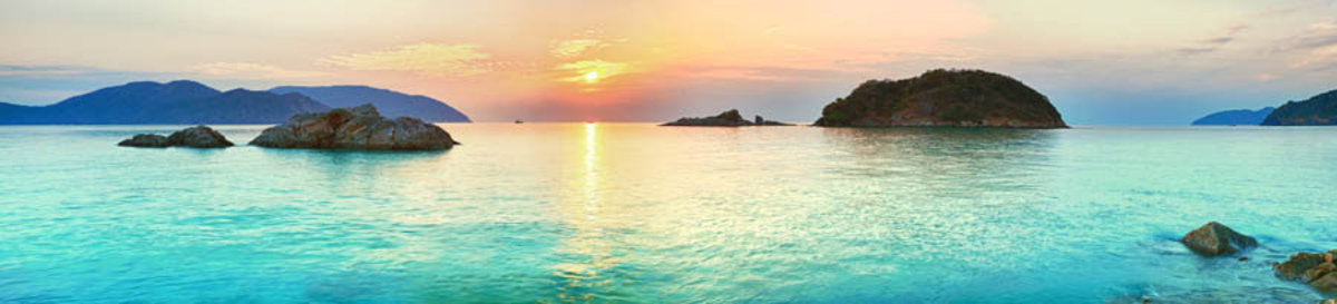 Panoramic Sunrise Over The Sea Mural Wallpaper Additional Thumbnail