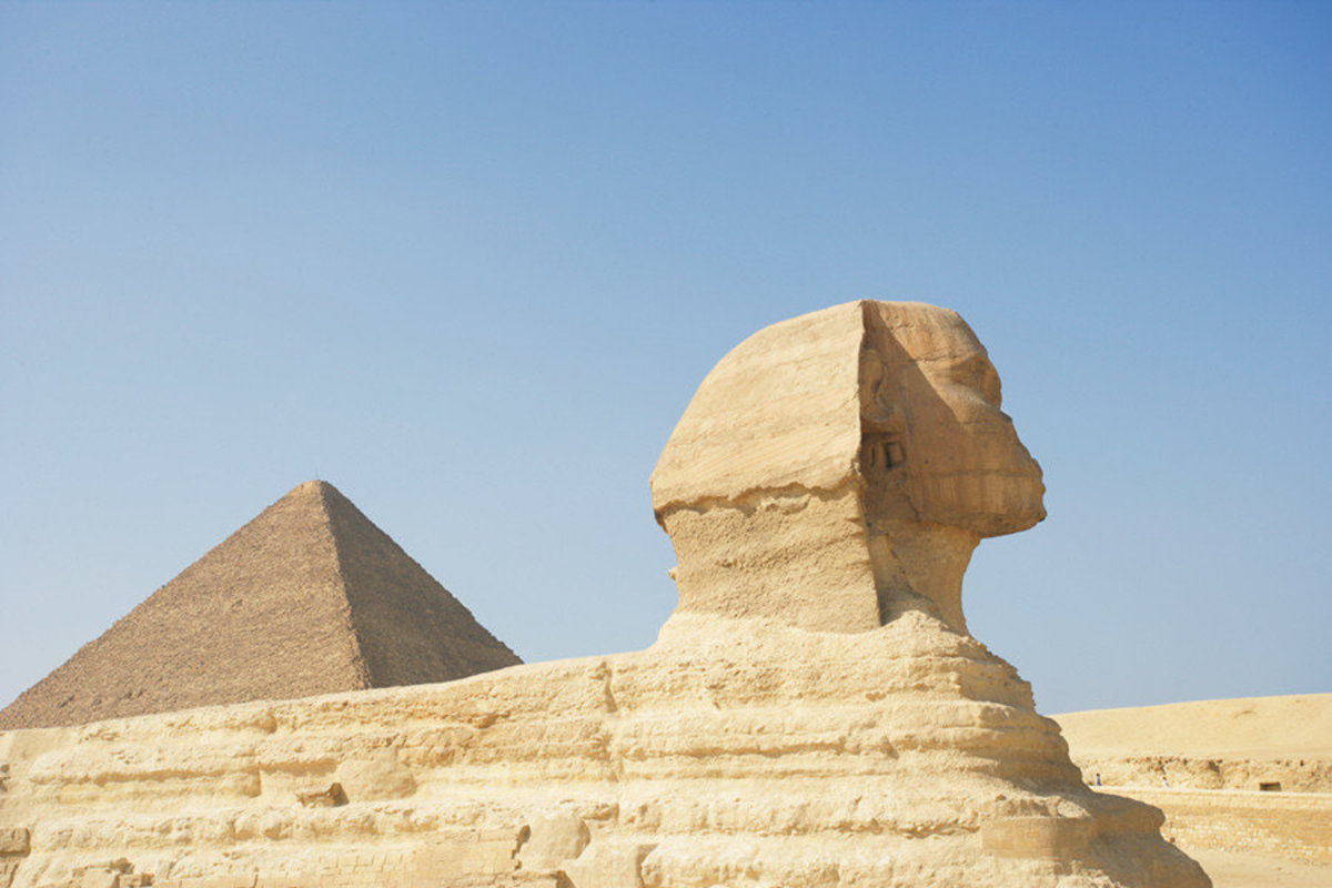The Great Pyramid & Sphinx Of Egypt Wallpaper Mural Sample