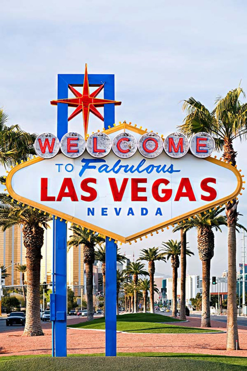Welcome To Las Vegas Mural Wallpaper Sample